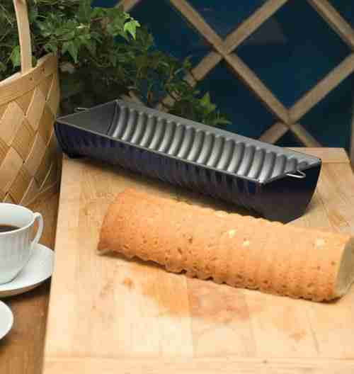 Almond Cake Pan